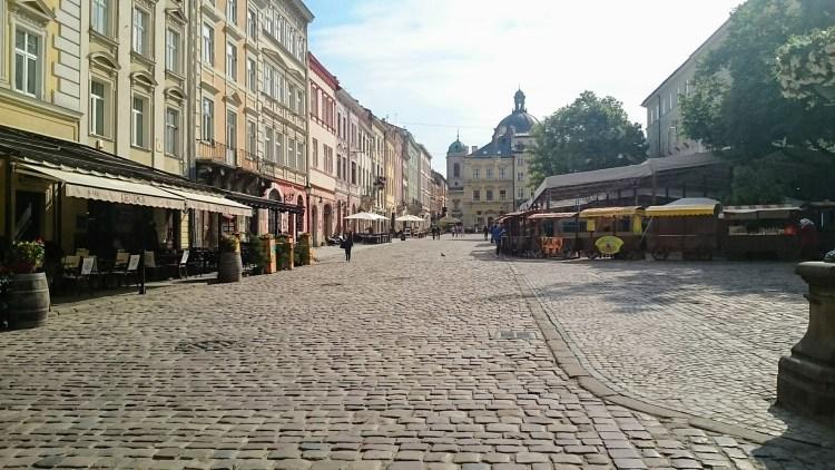 Grande place de Lviv en Ukraine Destinations en dehors des sentiers battus