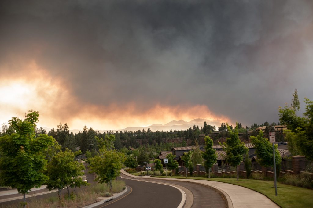 forest fire in bend oregon