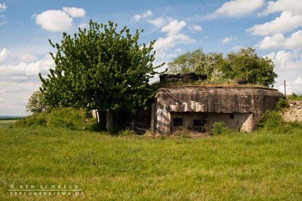 Aussenansicht eines Kasematten Bunkers