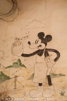 Mickey beim BBQ Petit Ouvrage Bois de Bousse