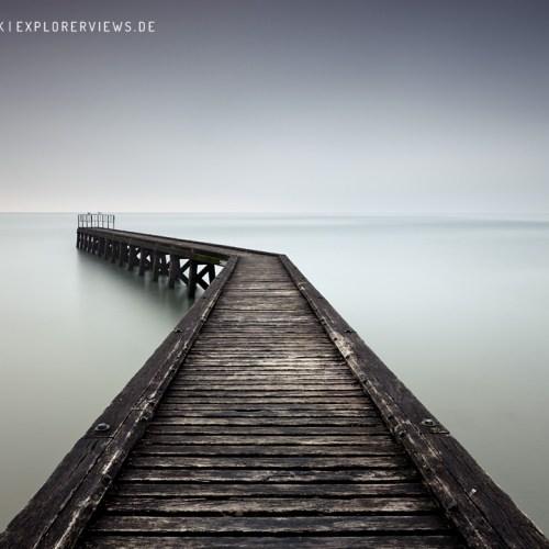 Steg ins Meer - Weg ins Licht