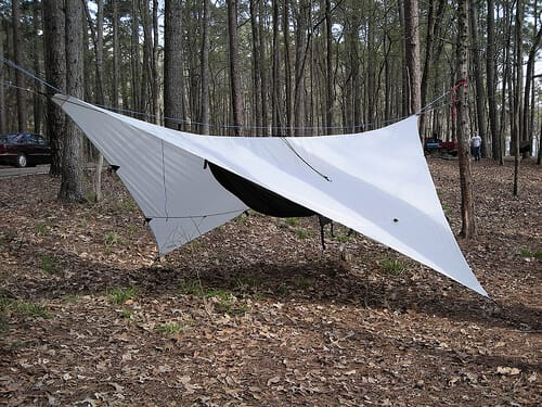 silnylon tarps keep your hammock dry in rain