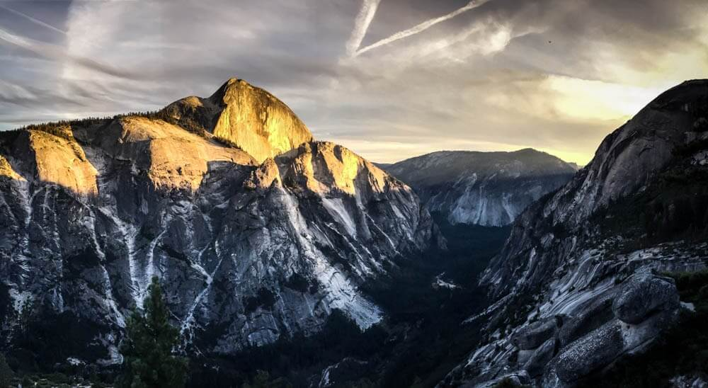 halfdome at sunset at yosemite national park in the sierra nevada mountains