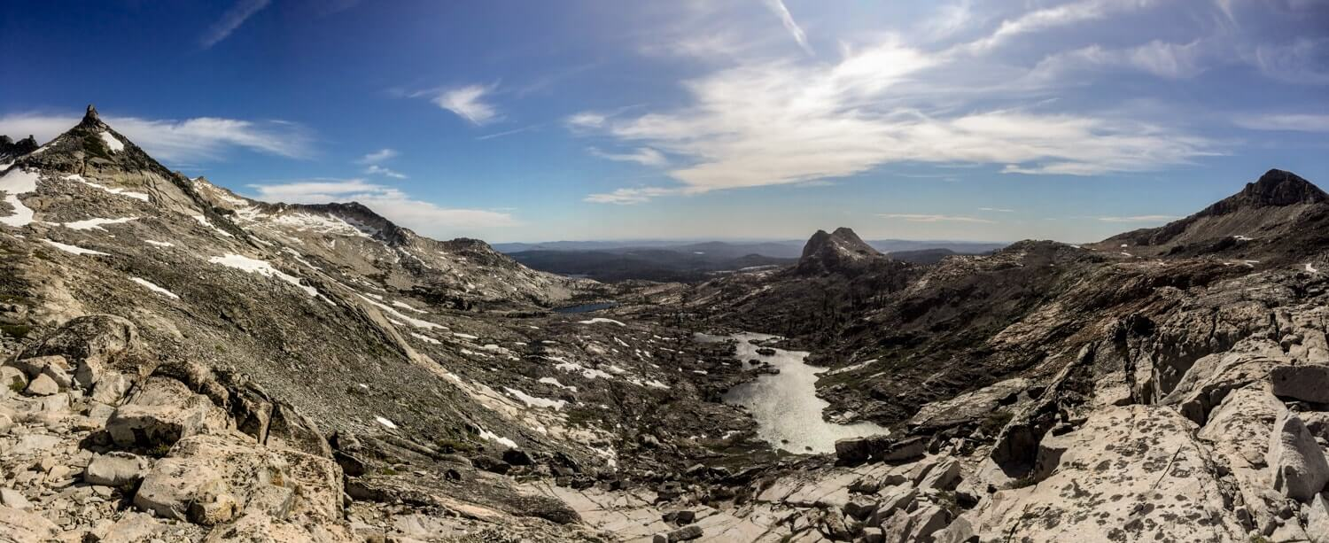 panorama of the sierra nevada mountain landscape