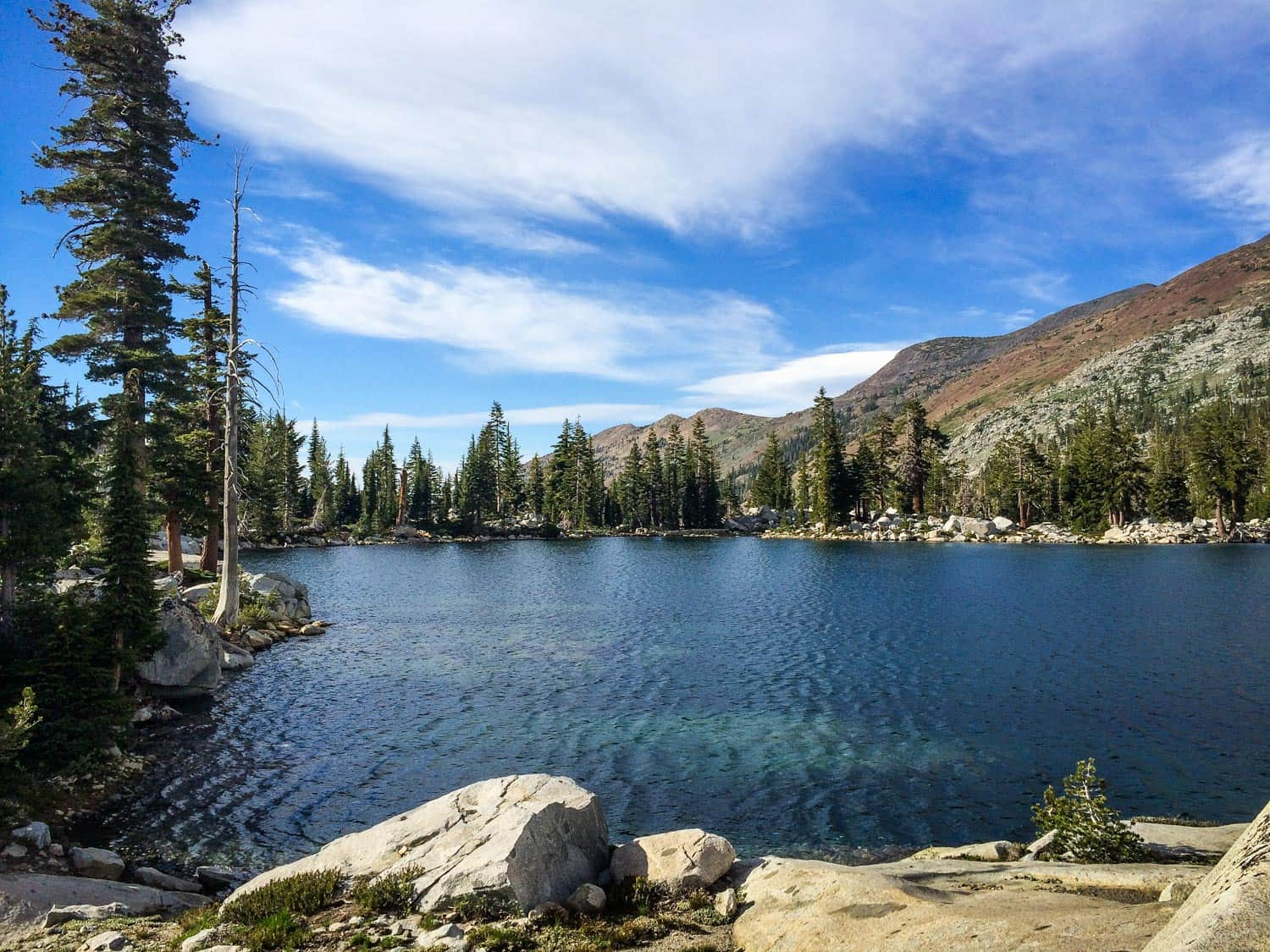 sierra nevada alpine lake camping