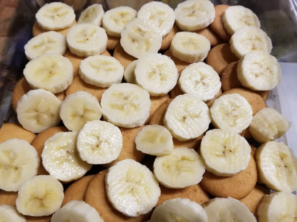 layered Vanilla wafers and bananas in preparation for an easy soul food recipe for banana pudding