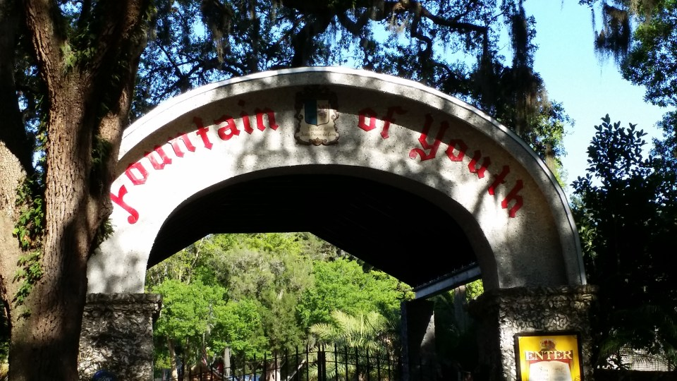 Arch at Fountain of Youth Park in the oldest city in the USA