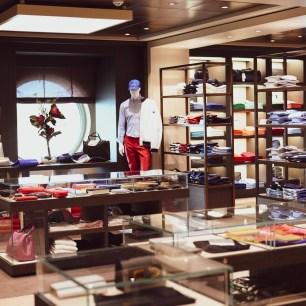 Fashion outlet on MSC Bellissima