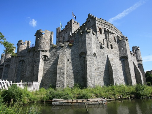 a history and role of medieval castles I always crack up at those medieval doctor masks with the long beaks they look  so spooky to me ok one last tidbit that i tell the kidsand i.
