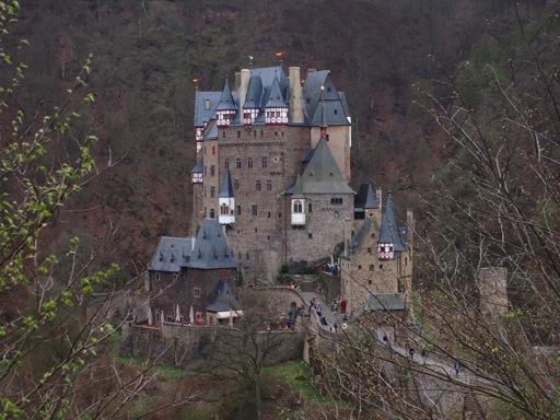 Burg Eltz broad