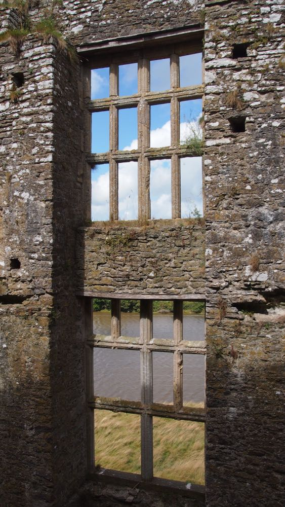 Mullion Windows of Carew Castle