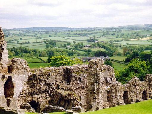Ruins Denbigh Castle