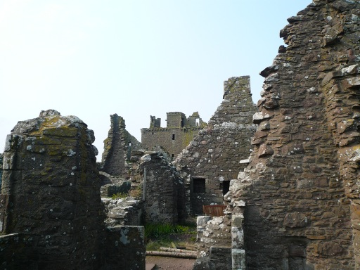 Dunnottar Castle ruined buildings
