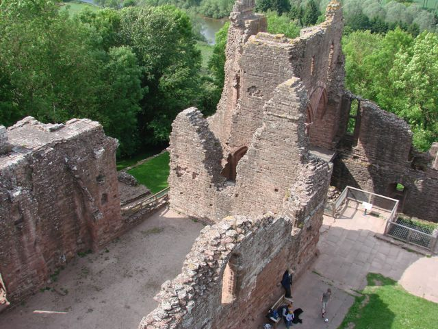 goodrich_castle_aerial_view