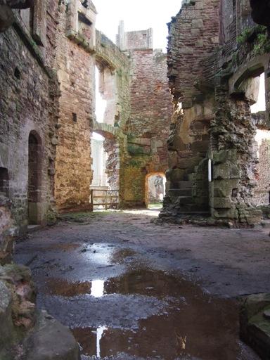 Inner ruins of gatehouse
