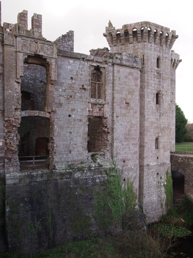 Raglan Castle state apartments
