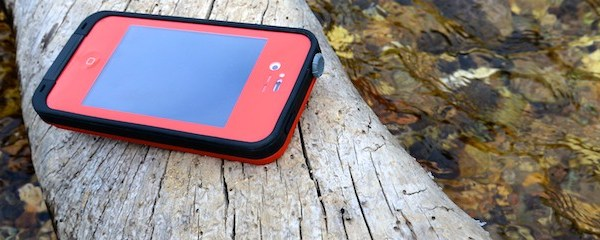 REVIEW: Waterproof iPhone Cases