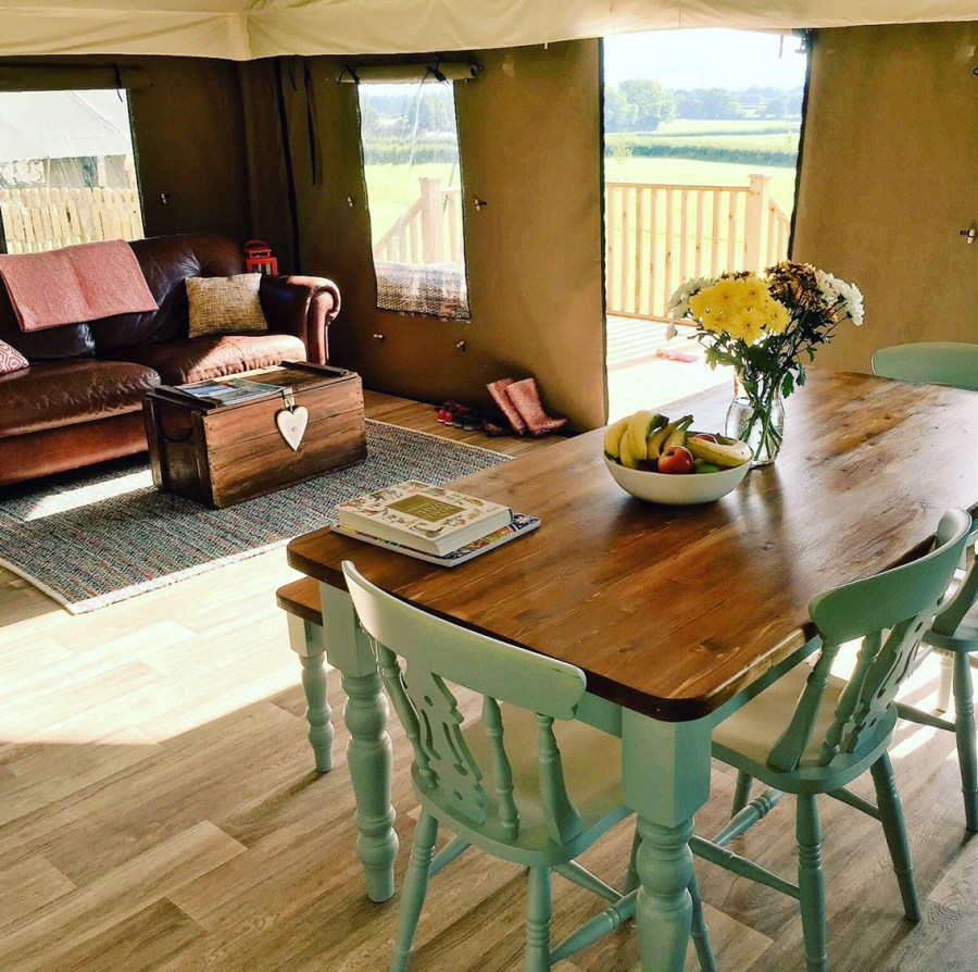 Just 30 minutes from Exeter in the car and you could be luxury glamping at gorgeous Midleydown! copyright: Exploring exeter 2017