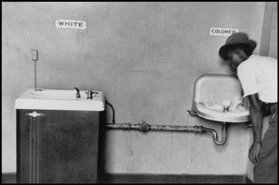 'White' and 'colored' drinking fountains