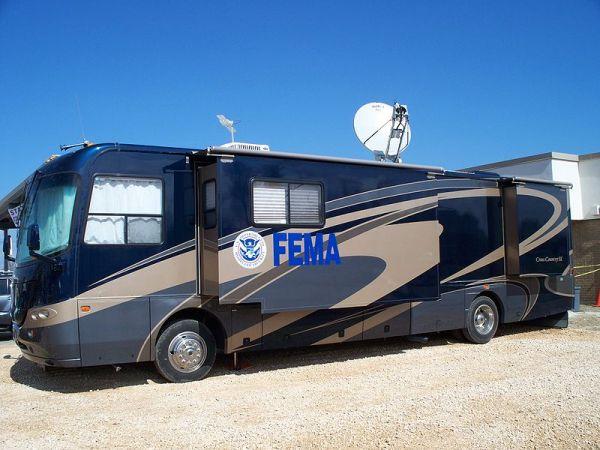 FEMAmersbus