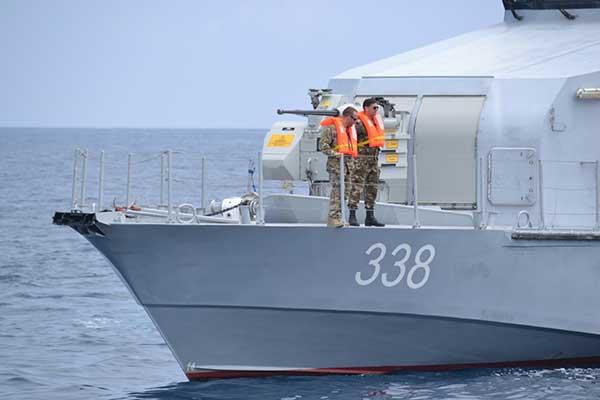 les manœuvres des forces navales de l'armée