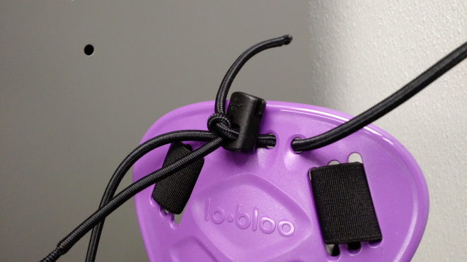 Added cord lock to lo-bloo aero slim