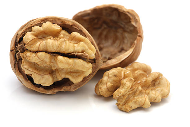 10 Proven Health Benefits of Walnuts - ExtraChai
