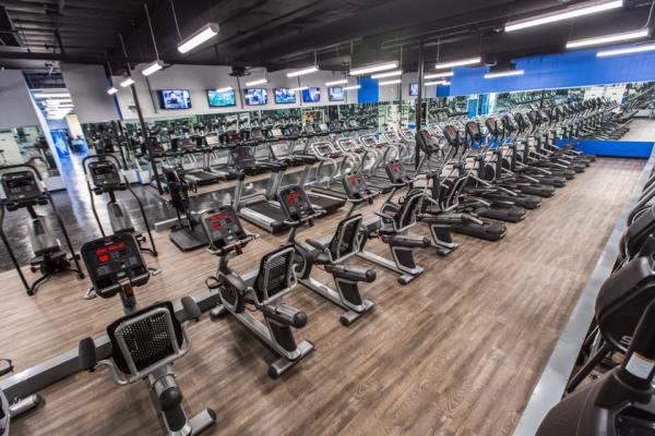 Universal fitness club vegas