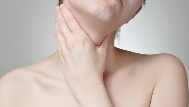 7 Prominent Signs And Symptoms Of Thyroid Cancer Extrachai