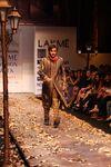 Lakme_Fashion_Week_2008_stars_05.jpg