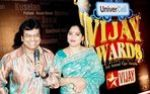 Vivek with wife  at Vijay Awards