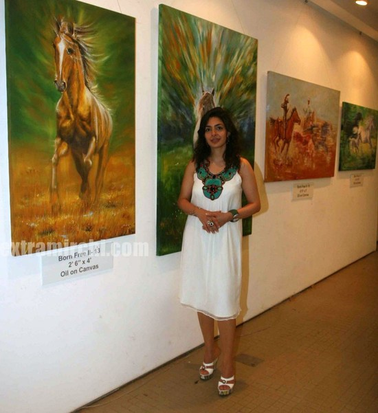 Nawaz-Singhanias-art-exhibition.jpg