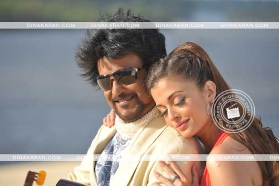Aishwarya-Rai-and-Rajini-in-Endhiran-the-Robot-1.jpg