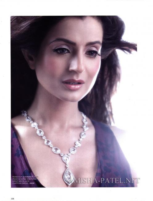 Amisha-Patel-on-LOfficiel-Magazine-May-June-2010.jpg
