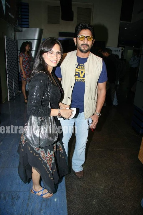 Arshad-Warsi-and-Maria-Goretti-at-Premiere-of-of-Knight-and-Day.jpg
