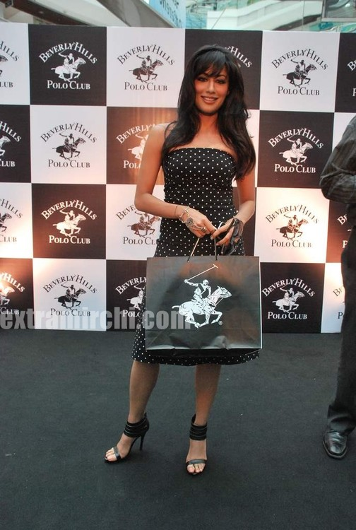 Chitrangada-Singh-at-Beverly-Hills-Polo-Club.jpg