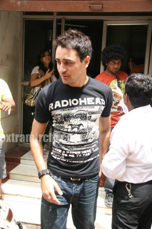 Imran-at-Radio-Mirchi-at-Lower-Parel.jpg