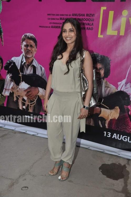 Rani-Mukerji-Aamir-Khan-Kiran-Rao-and-Karan-Johar-at-Peepli-Live-music-launch-9.jpg