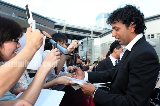 Shyamalan-at-the-The-Last-Airbender-Tokyo-Premiere.jpg