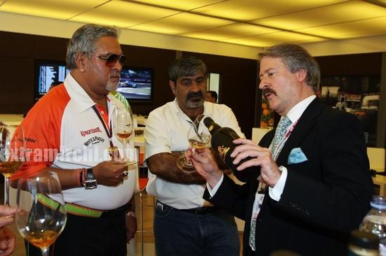 Vijay-Malaya-Force-India-F1-Team-at-the-British-GP.jpg