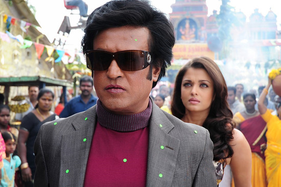 Stylish-Aishwarya-Rai-with-Super-star-Rajini-in-Endhiran-9.jpg