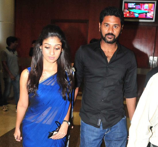 prabhu-deva-with-nayanthara-at-southscopeawards-2.jpg