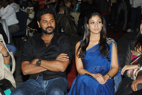 prabhu-deva-with-nayanthara-at-southscopeawards-6.jpg