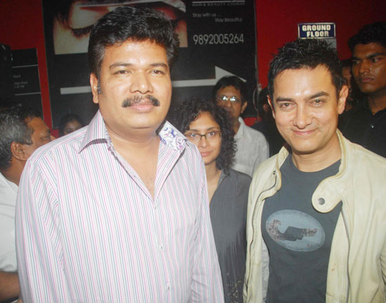 Robot-special-screening-in-Mumbai-2.jpg