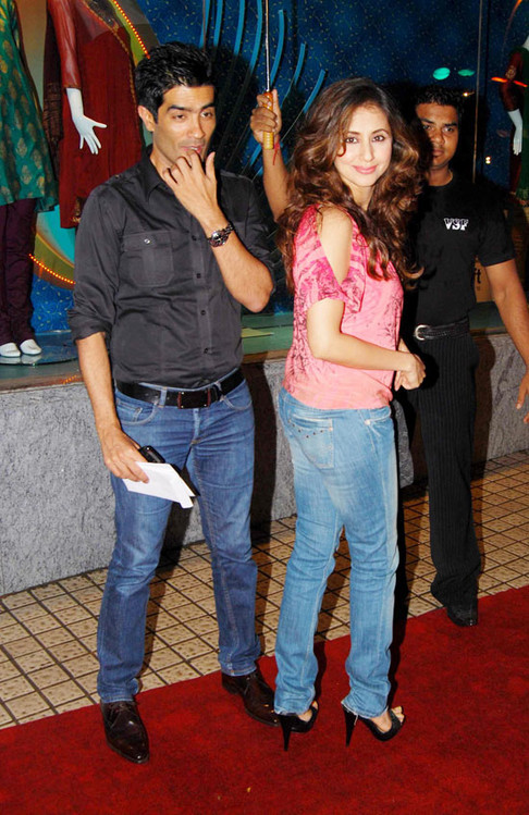 Robot-special-screening-in-Mumbai-6.jpg