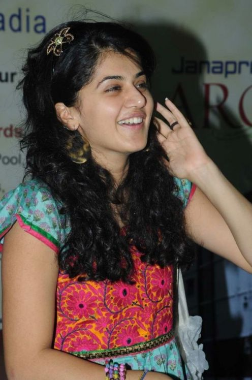 Taapsee-Pannu-photo-14.jpg