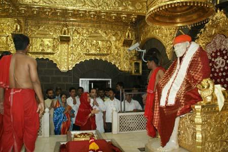 Preity-Zinta-visits-Shird-2.jpg
