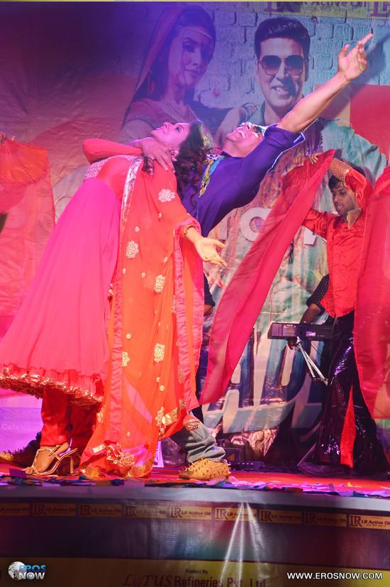 Asin-in-Khiladi-786_event-2.jpg
