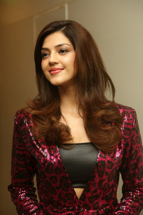 Actress-Mehreen-Pirzada-Photos-10.jpg
