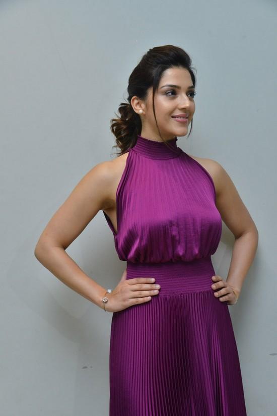 Actress-Mehreen-Pirzada-Photos-13.jpg